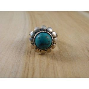 Jewelry - Vintage Silver Turquoise Dome Flower Ring Sz 5.75